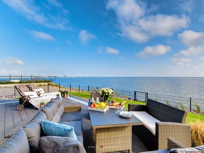Photo for BalticLounge 2 - sauna, fireplace, Baltic Sea view, large terrace, 1st row