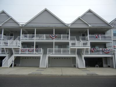 Photo for Wildwood Condo less than 2 blocks from Boardwalk