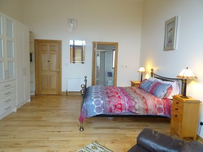 Bedroom one: Kingsize bed with an-suite. Large spacious room and double doors.