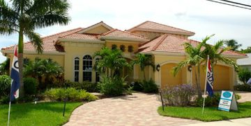 Gorgeous SW Cape Coral Vacation Home - Monthly Rental