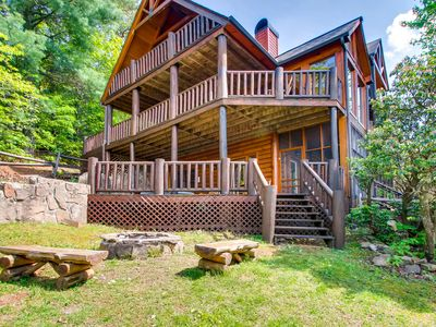 Photo for Amazing Grace is a spacious and luxurious chalet.