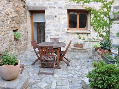 Photo for GITE LA CALADE - PRIVATE COURT AND TERRACE IN THE HEART OF LAGRASSE