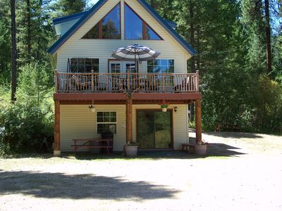 Photo for Beautiful Mountain Vacation Cabin /w Hot Tub 0nly  30 Miles from Boise Id