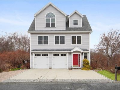 Photo for Stunning Three Bedroom, Two Bath Home with Central AC on Cozy Narragansett Lane!