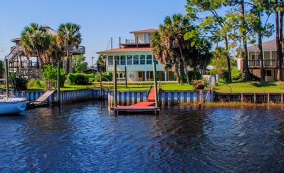Photo for The Webb House in Shell Point - Private Pool, Boat Dock, WiFi, Sunroom,Bay Beach