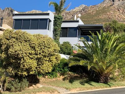Photo for Beautiful holiday home with incredible views over FalseBay. Quiet and safe area.