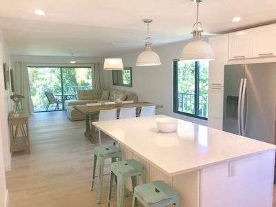 Photo for Seven Mile Beach Condo - Sunset Cove - 2nd Floor