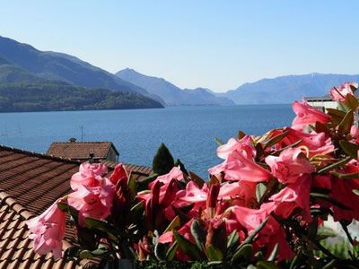 Photo for Holiday apartment Casa Regina is located just 50 meters away from the lakeside beach, with beautiful