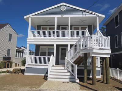 Our charming shore house has new decks ,siding ,stairs ,windows, doors, and roof. We rent the 2nd floor apartment.