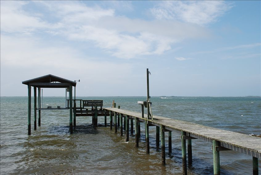 Waterfront cottage beautiful view of homeaway harkers for Harkers island fishing report