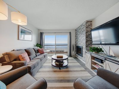Pet-friendly ocean-view condo with pool/hot tub - walk to beach & activities!