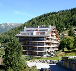 Photo for Beautiful and large apartment for 10 people located 500 meters from the ski lifts