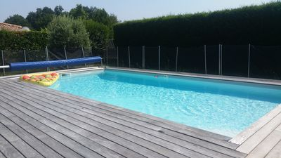 Photo for House with heated pool, 3 bedrooms; 20 km from Bordeaux