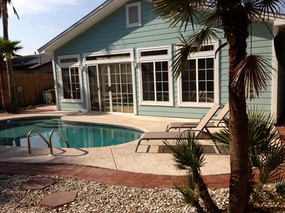 Photo for Private Pool, Walk to Beach, Granite Kitchen Counters, Open Floor Plan