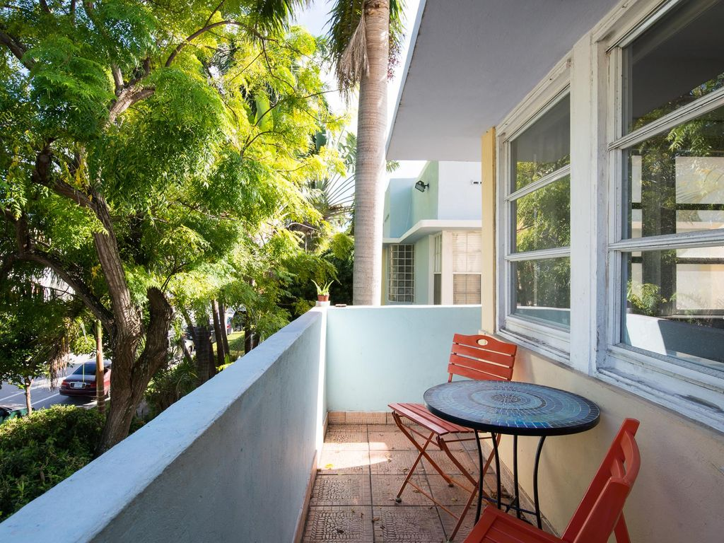 SoBe Bungalow - luxury 2 bedrooms serviced apartment - Travel Keys