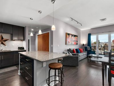 Photo for Downtown Asheville Condo - Midweek Discounts