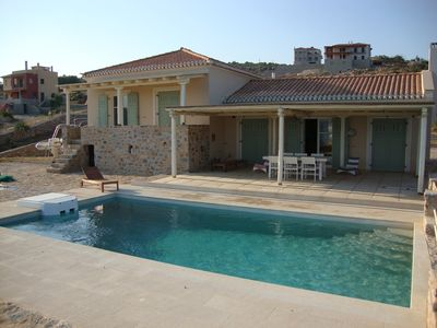 Photo for Family-Friendly Villa,, equipped  with Top Quality Furniture & Amenities.