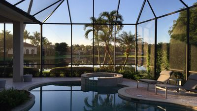 Pool area with view to the lake