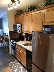 The kitchen includes an automatic dishwasher, too!