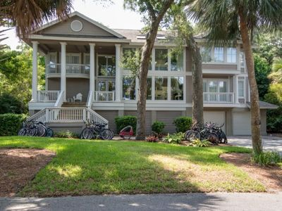 Photo for 9 Brigantine - Second Row 8 BR / 8 BA Steps from the Beach