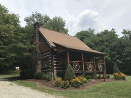 Photo for 2BR Cabin Vacation Rental in Lewisburg, Tennessee