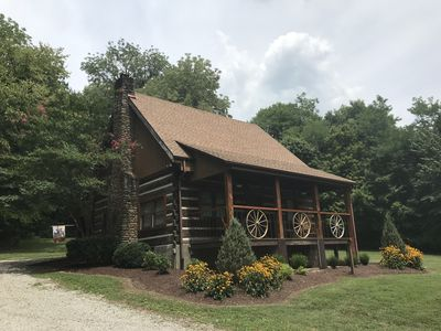 Rustic elegance in the hills of Middle Tennessee an hour south of Nashville.