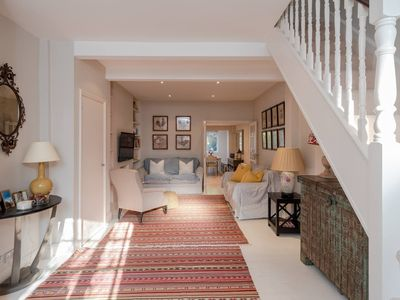 Photo for Charming, Bright, 2 Bed House in Bustling Fulham