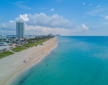 Photo for 1 BR King Suite for 5, Oceanfront Bldg, pool