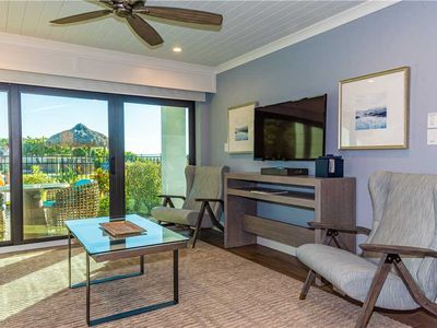 Beach Front Luxury Suite - Heated Pool/Hot Tub - Inquire for Short Stays!
