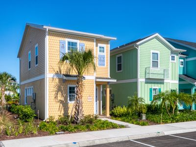 Photo for Sunset Cottage! w/ Daily Clean, Only 3 Miles to Disney, & Hotel Amenity Access