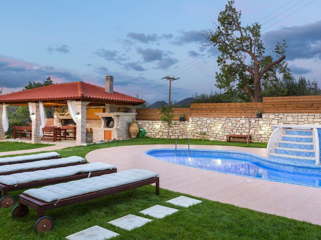 Outdoor Jacuzzi Lilium Villa Summer Aroma Total Privacy Outdoor Jacuzzi Great