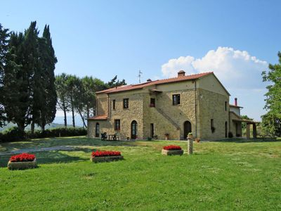 Photo for 2 bedroom Villa, sleeps 4 in Podere Sant'Elisa with Pool and WiFi