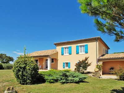 Photo for Vacation home in Valreas, Mont Ventoux surroundings - 8 persons, 4 bedrooms