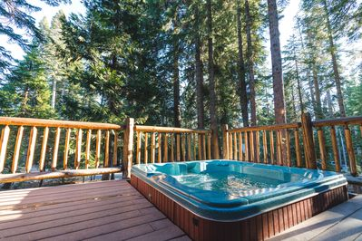 Your private hottub in the pines