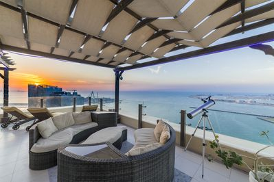 THE AMAZING VIEW FROM OUR PROVATE TERRACE! THE BEST OF JBR BEACH WALK