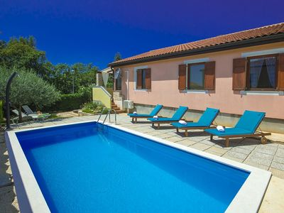 Photo for Nice holiday home with private pool, near Umag and the beach