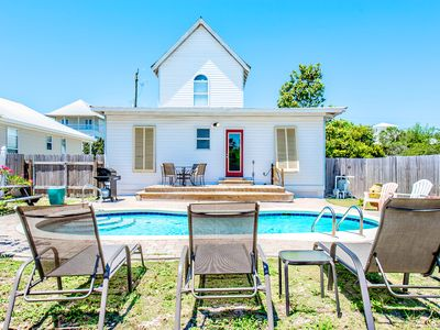Photo for ☀3BR Crystal Cottage w/PRIV Pool☀Apr 20 to 22 $1066! 450 Ft 2Beach Access/Dining