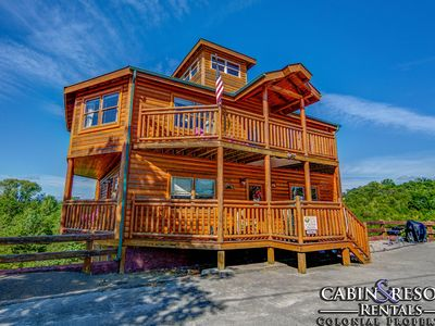 Photo for Bear Foot n Pool Lodge - 3BR/3.5BA - Sleeps 9