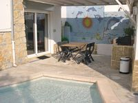A good base for travelling around the area, and to relax in - very peaceful and private.