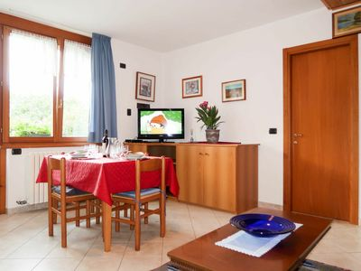 Photo for Cosy apartment for 12 people with WIFI, pool, TV, balcony and parking