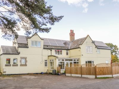 Photo for STATION HOUSE, pet friendly, with a garden in Condover, Ref 963382