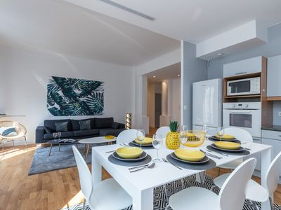 Photo for Le France - spacieux appartement - Apartment for 6 people in Nice