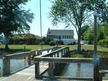 Waterfront Home with Dock and Boat Ramp in Taw Caw Creek
