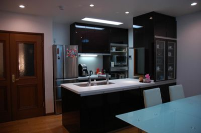 The open kitchen/dining/living space that can entertain a big group