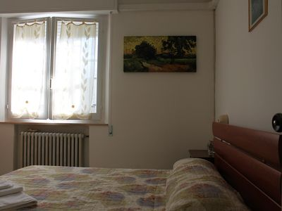 Photo for Entire home with 12 beds at 200 meters from the sea, large garden and parking