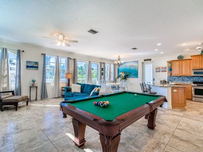 Photo for Stunning Condo * Steps to Beach * Pool Table