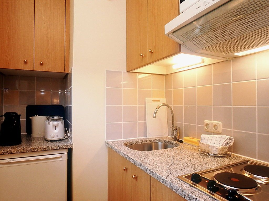 Apartment In Berlin With Internet, Air Conditioning, Lift, Parking (62351)