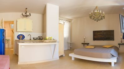 Studio Apartment with kitchenette, patio and private parking - Gallipoli