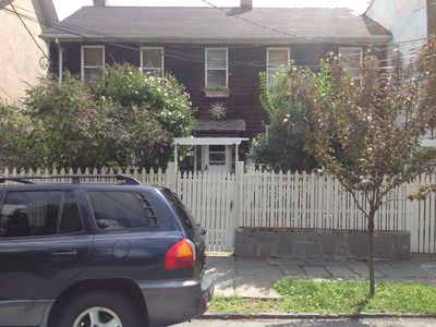 Photo for walking distance to ferry,Historical Snug Harbor, pets welcome always.