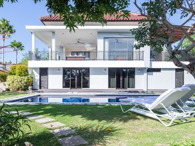 Photo for White Rabbit villa 4Bdr near Nusa Dua